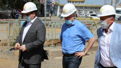 Semoyn Sazonov Checks Progress of Repairs Campaign in Lipetsk Region - PJSC Quadra